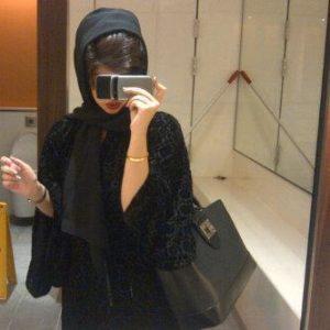 للزواج بغرض الهجرة الي السويد سيدة اعمال عربية للتعارف مع رقم الهاتف
